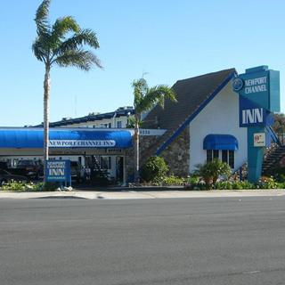 Newport Channel Inn in Newport Beach, California