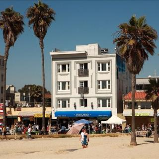 Venice Beach Suites and Hotel in Venice Beach, CA