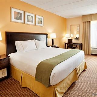 Baymont Inn and Suites in East Windsor, CT