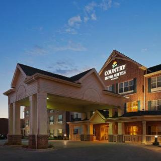 Country Inn and Suites in Green Bay, Wisconsin