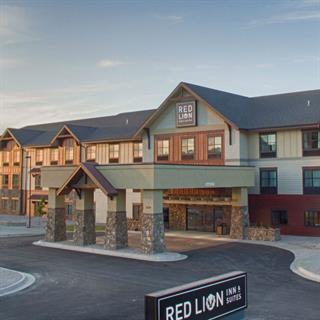 Red Lion Inn & Suites Ridgewater-Polson, Montana