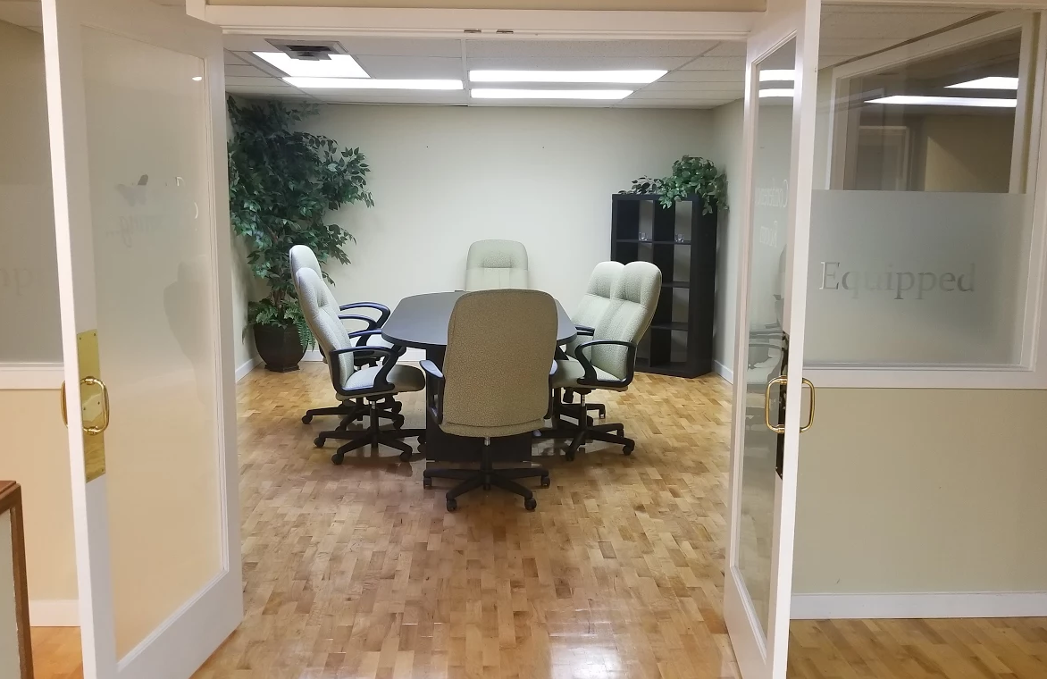 Lake City Office Space Available