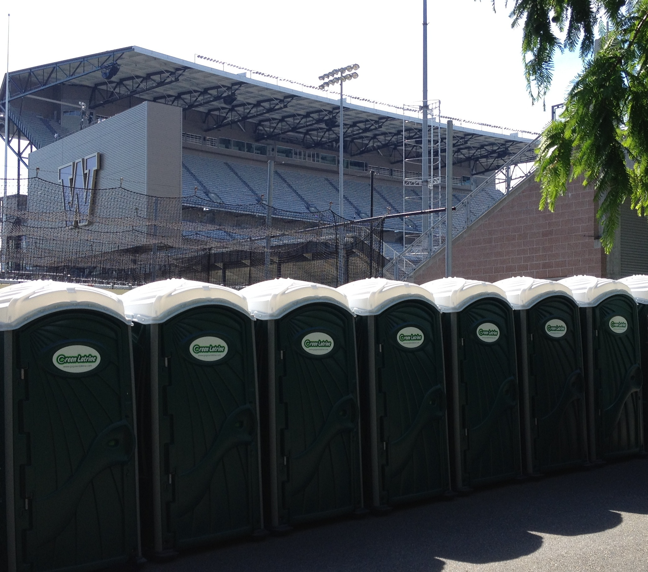 Green Latrine Porta Potty Rental
