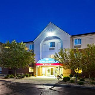 Candlewood Suites in Troy, MI