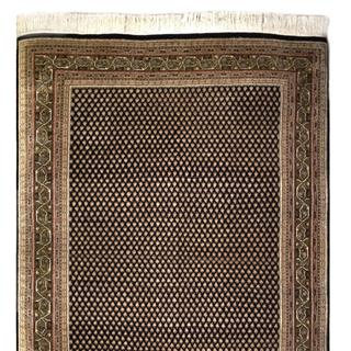 Handmade 5x7 Traditional Cne-of-a-kind rug from India