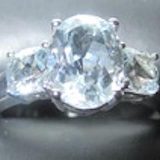 10K Genuine Brazilian Aquamarine White Gold Ring Size 7.
