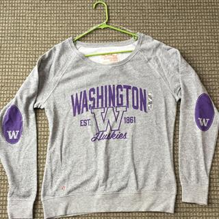 NWT UW Ladies Crewneck Size Large
