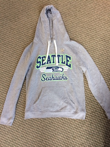 Ladies Seahawks Hoodie Size Medium