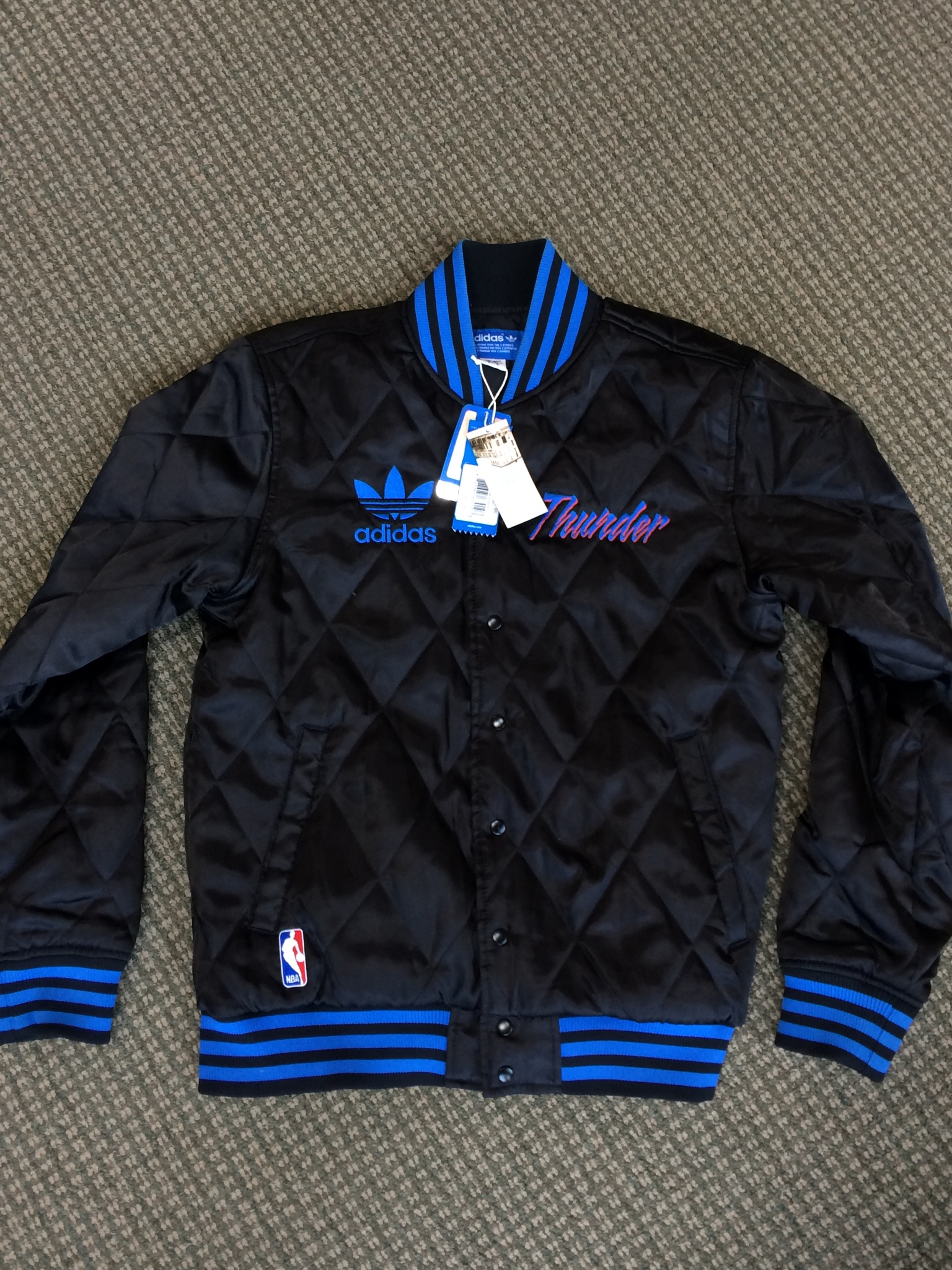 New Adidas Oklahoma Thunder Size Medium Jacket