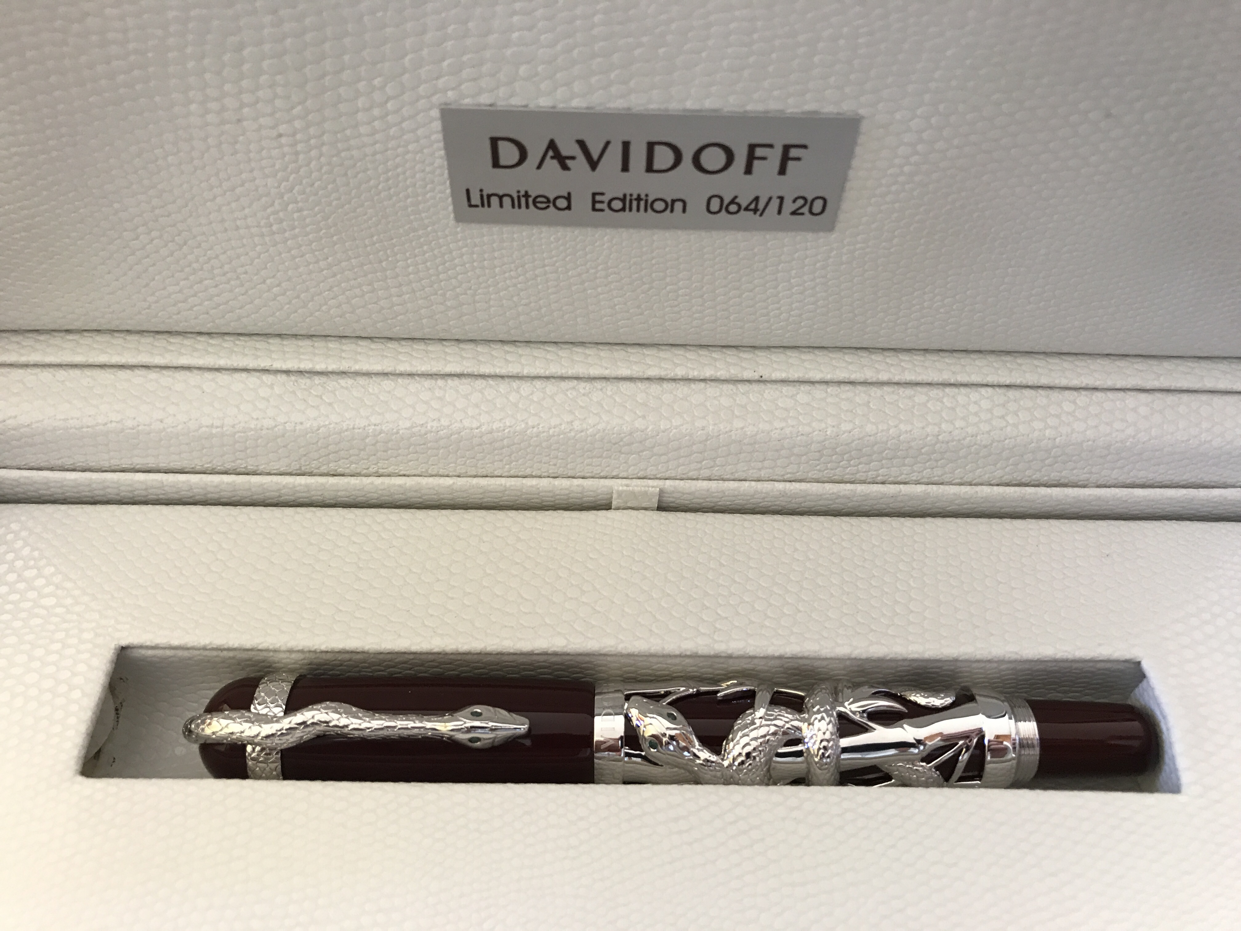 Davidoff Collectible Fountain Pen , Year of the Snake. Ltd Edition of 120 pieces