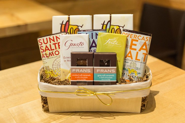 Simply Chocolate Deluxe Gift Basket