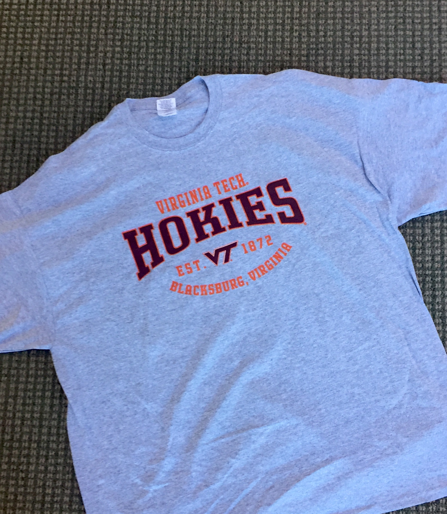 Virginia Tech Hokies NWT tee's Size Large