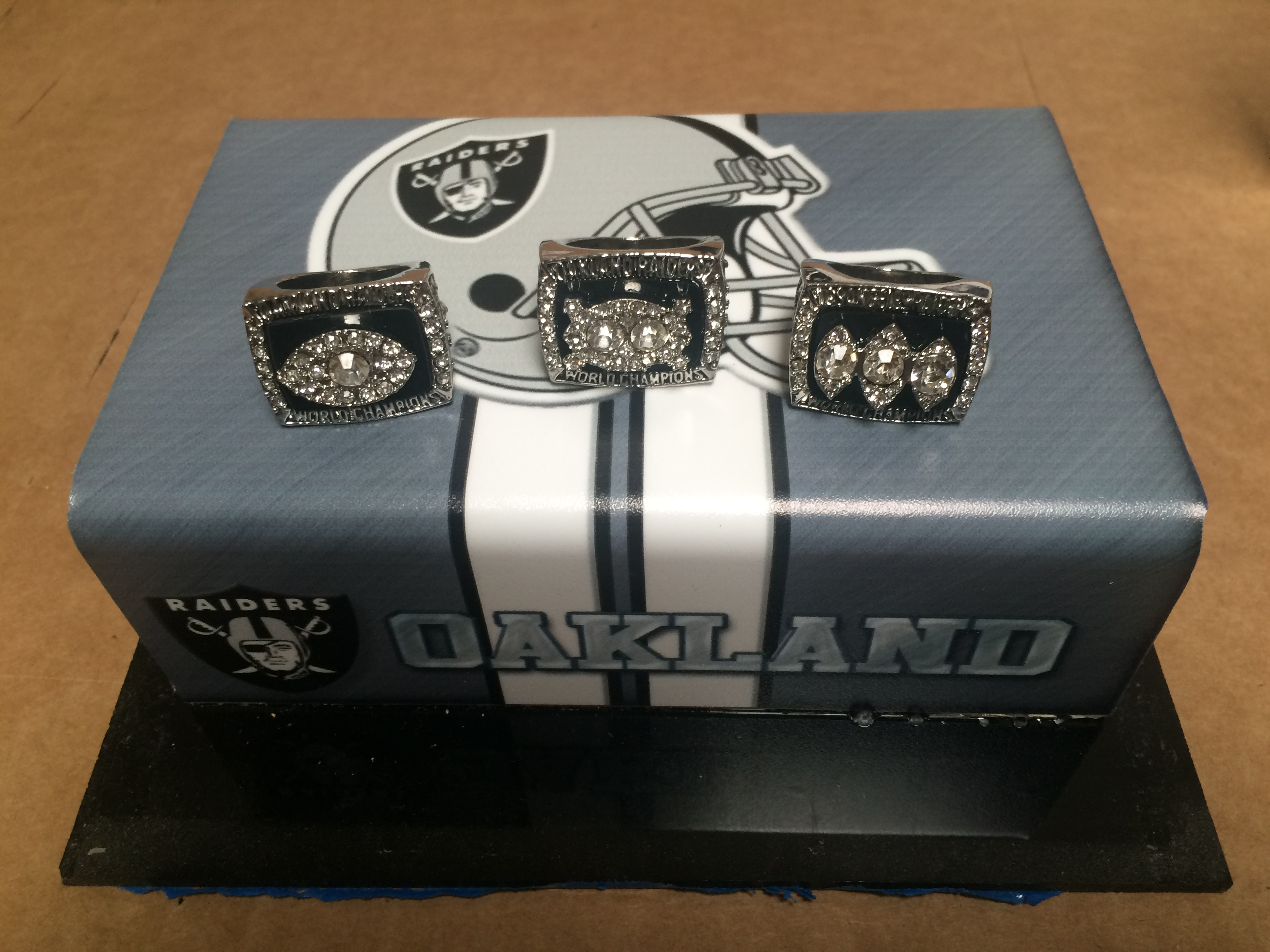 Raider Replica Super Bowl Rings (w-o Case)