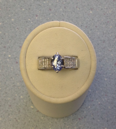 Tanzanite / Diamond Ring