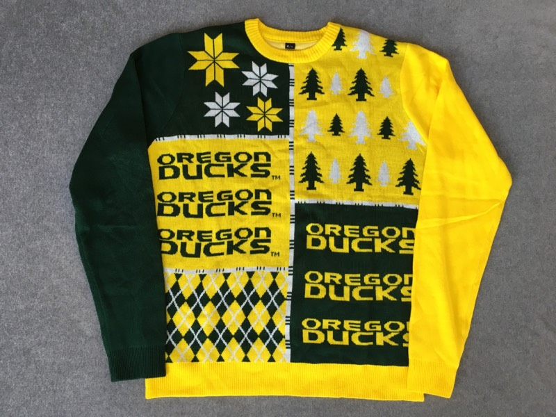 Oregon Ducks Ugly Sweater size XL NWT