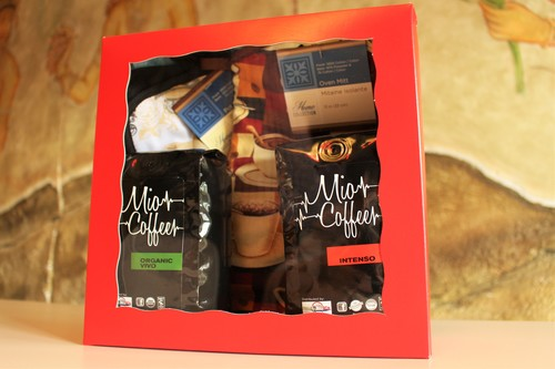 Holiday Gift Basket - 2/12oz bags plus gift