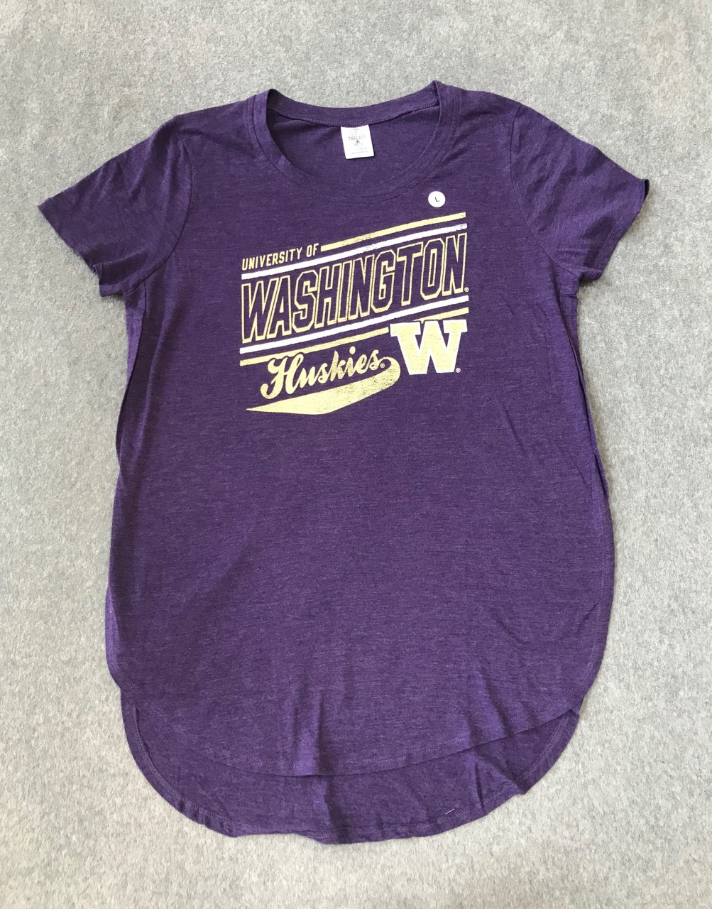UW Ladies tee size Large NWT