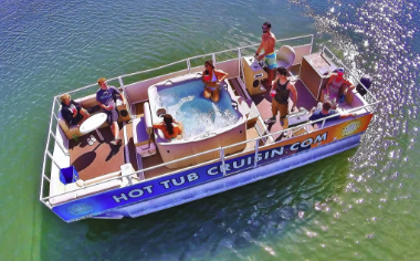 Anchored Hot Tub Cruise - One Hour