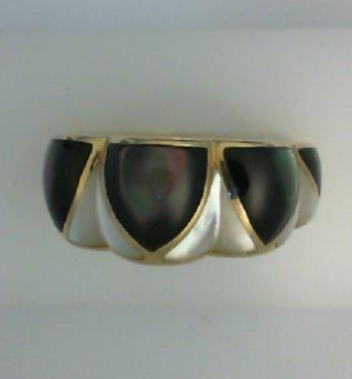 14K Yellow Gold Ring with Black and White Mother of Pearl Inlay