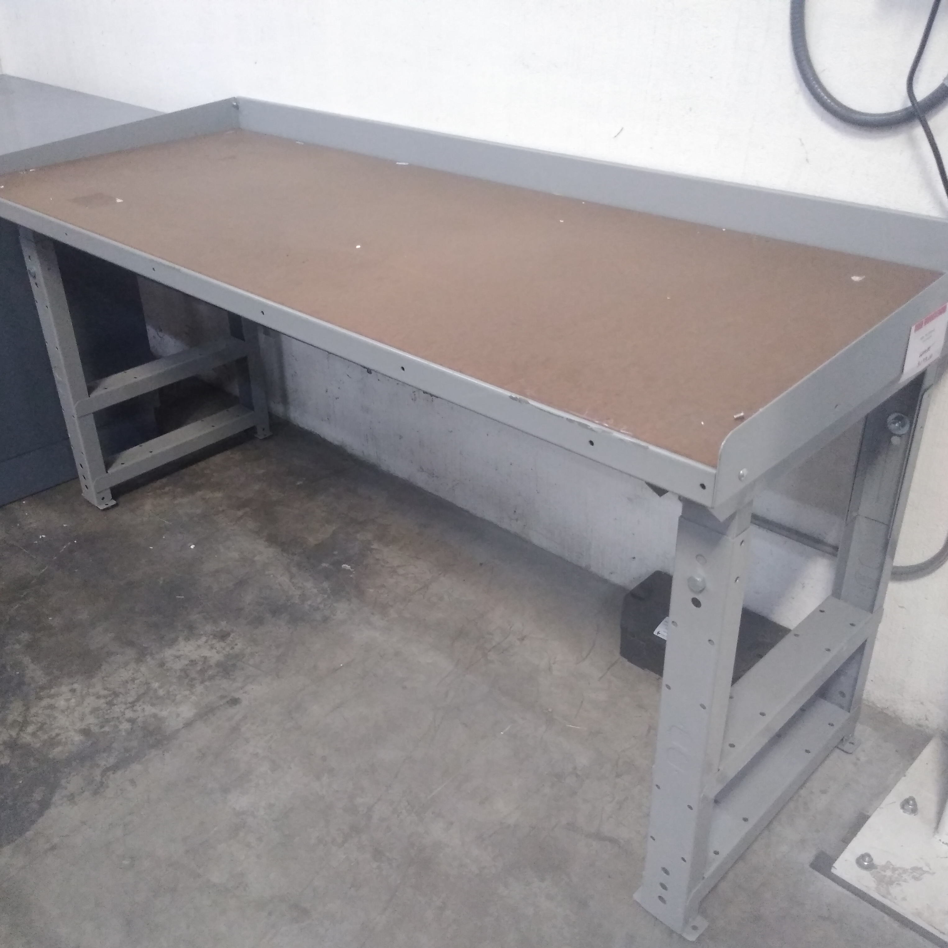 Lyon Metal Work Bench with Wood Top & Casters