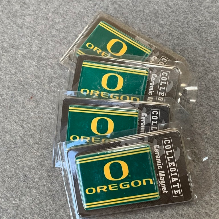 University of Oregon - Large Ceramic Ducks Magnets