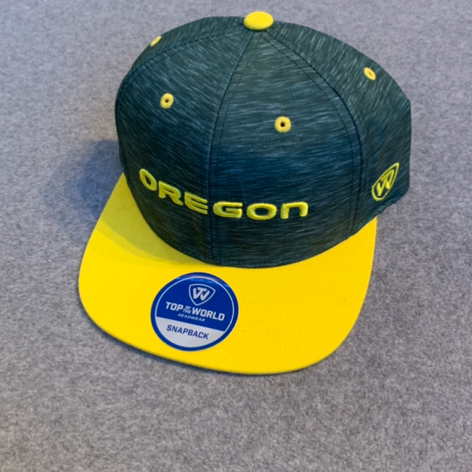 Oregon Ducks Ball Cap - Green & Yellow, Adjustable