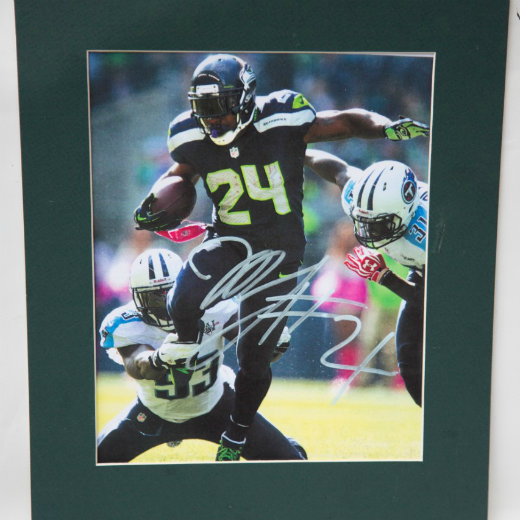 Autographed Marshawn Lynch Photo
