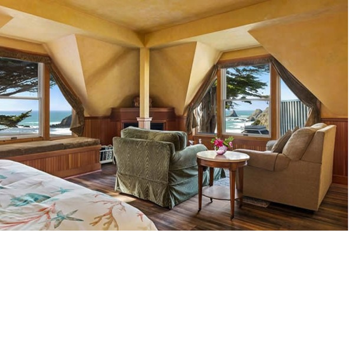Two Night stay at the Elk Cove Inn Mendocino Coast - Ocean View Room