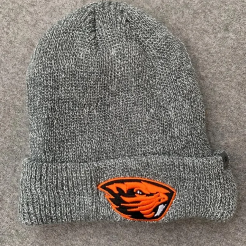 NWT Oregon Beavers Grey Beanie