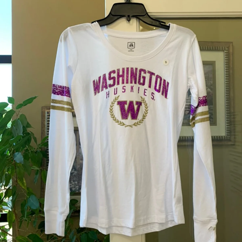 NWT Womens UW Huskies Long Sleeve