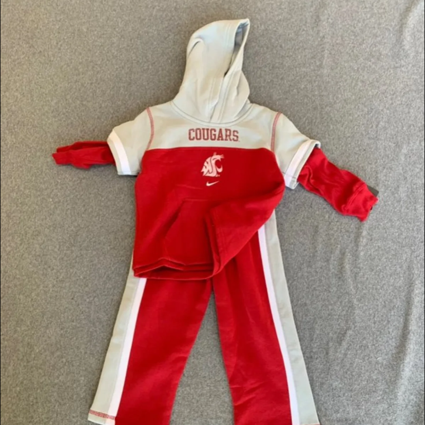 NWT WSU Cougars Nike Baby Outfit Set