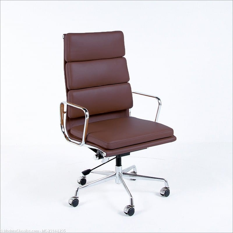 Eames Style: Soft Pad Office Chair