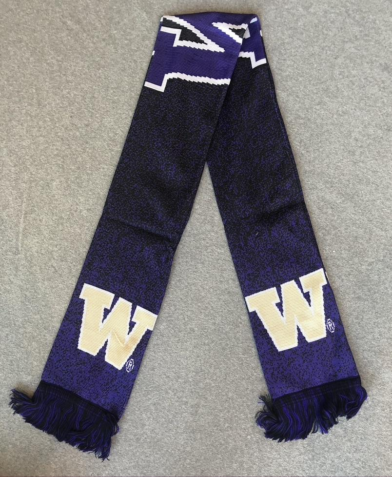 WASHINGTON HUSKIES POLYKNIT BIG LOGO SCARF
